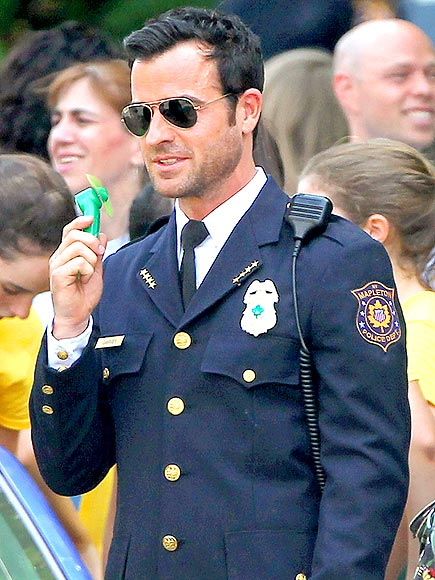 FAN-DEMONIUM photo | Justin Theroux