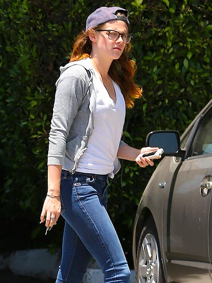 BUSINESS CASUAL photo | Kristen Stewart