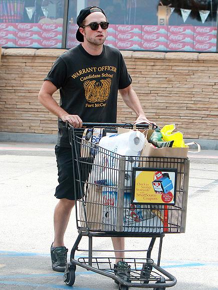 HUNGRY MAN photo   Robert Pattinson