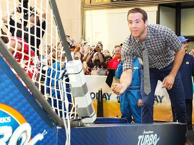 HAVING A BALL photo | Ryan Reynolds
