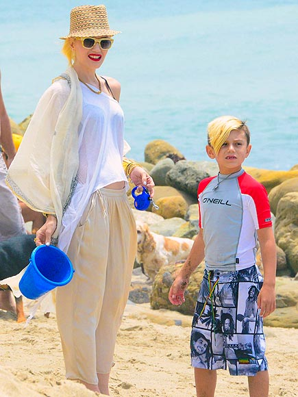SON-NY DAY photo | Gwen Stefani