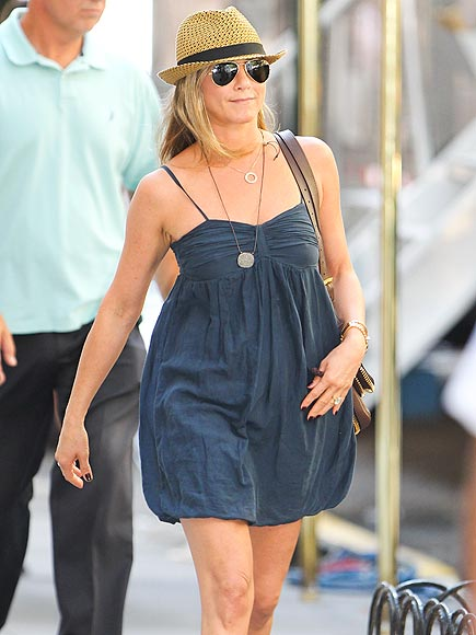 IN THE NAVY photo | Jennifer Aniston
