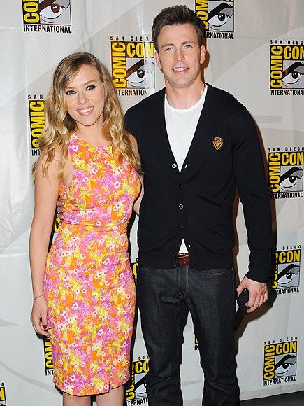 COMIC GENIUSES photo | Chris Evans, Scarlett Johansson