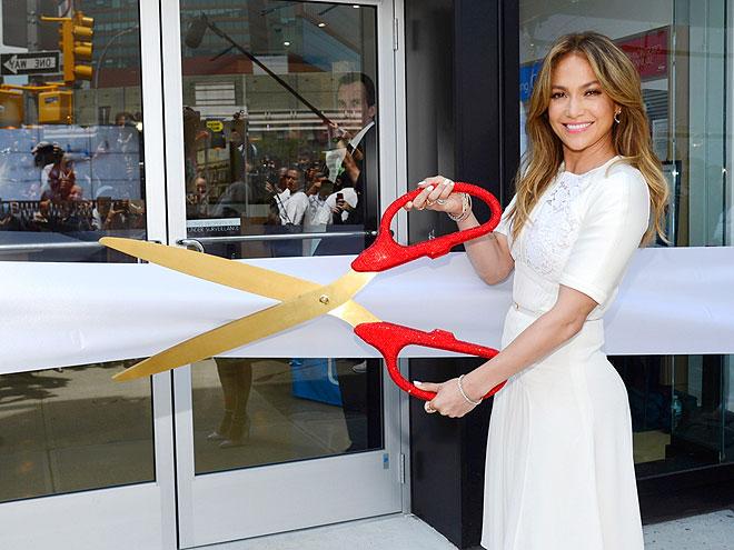 CUTTING EDGE photo | Jennifer Lopez