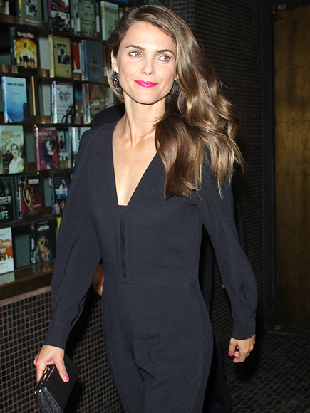 WOMAN IN BLACK photo | Keri Russell