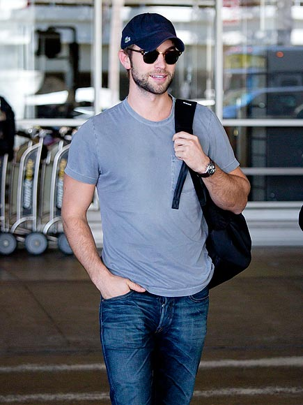 ON THE GO photo   Chace Crawford