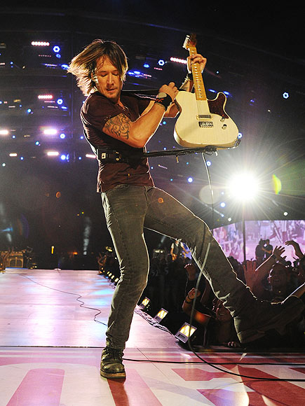 FIRST-STRING PLAYER photo   Keith Urban