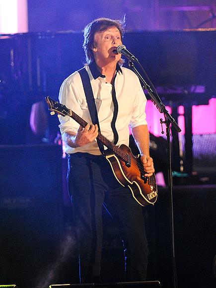 GUITAR HERO photo | Paul McCartney