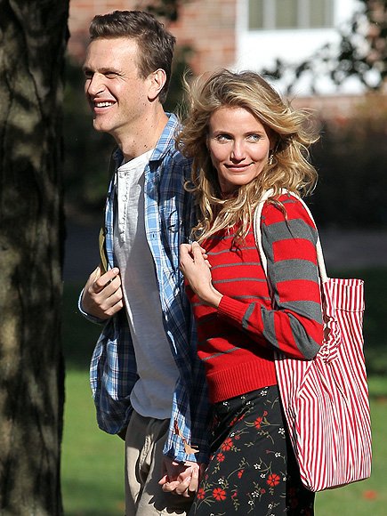 TOO COOL FOR SCHOOL photo | Cameron Diaz, Jason Segel