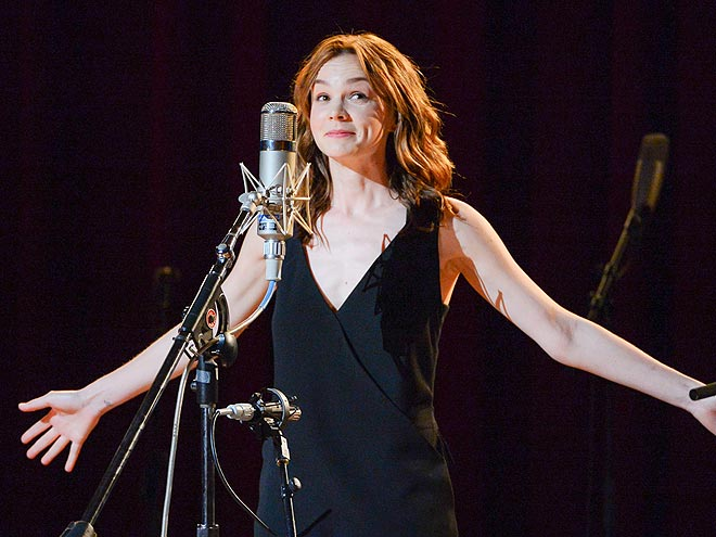SING OUT photo | Carey Mulligan