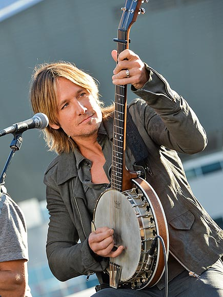 STRING THEORY photo | Keith Urban