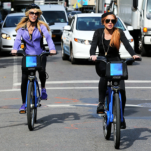 SPIN CYCLE photo | Dina Lohan, Lindsay Lohan