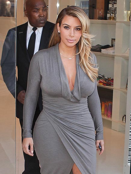 DASHING OUT photo | Kim Kardashian