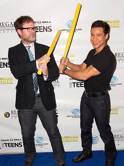 HOPING FOR A HIT photo | Mario Lopez, Rainn Wilson