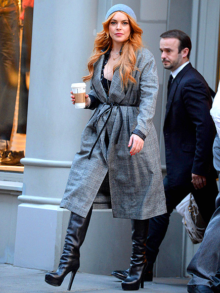 CITY WALK photo | Lindsay Lohan