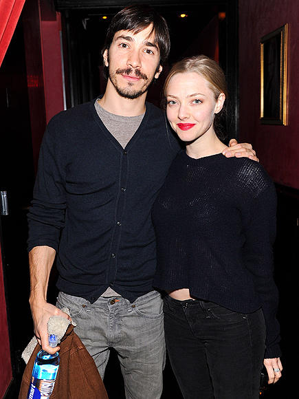DREAM TEAM photo | Amanda Seyfried, Justin Long
