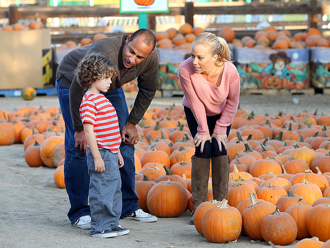 PICKY, PICKY photo | Hank Baskett, Kendra Wilkinson