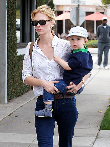 SON-NY DAY photo | January Jones