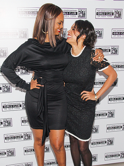 GIRLS' NIGHT OUT photo | Rosario Dawson, Tyra Banks
