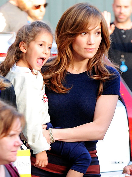 MOM AT WORK photo | Jennifer Lopez