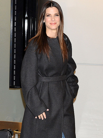 WARM WELCOME photo | Sandra Bullock