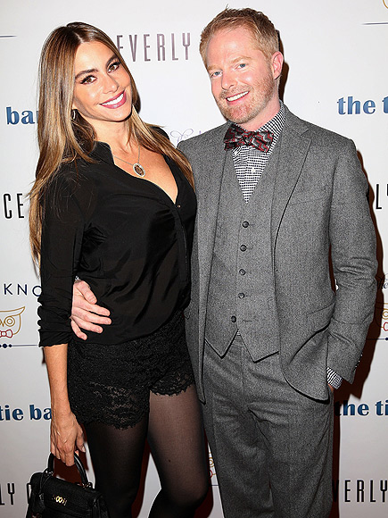 KNOT NOW photo | Jesse Tyler Ferguson, Sofia Vergara