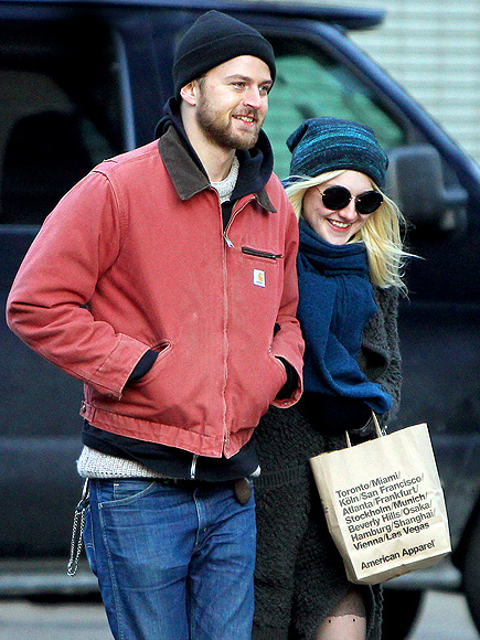 KEEPING WARM photo | Dakota Fanning