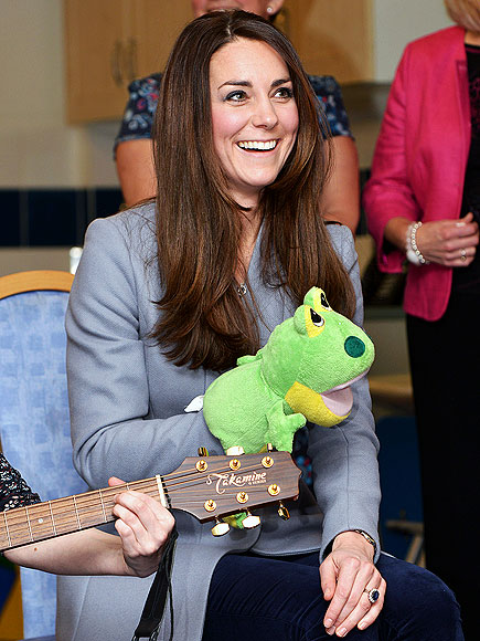 FROG IN HER THROAT photo | Kate Middleton