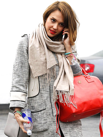 H&M COAT & MALI BEADS BRACELETS photo | Jessica Alba
