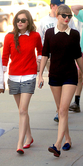 ANN TAYLOR SHORTS photo | Taylor Swift