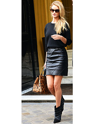 Rosie Huntington-Whitely leather skirt