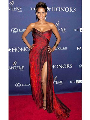 halle berry 300x400 This Week's Best Dressed Star: Halle Berry