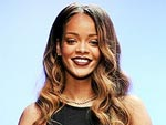 Rihanna&#39;s First-Ever Fashion Line Gets Scathing Reviews | Rihanna