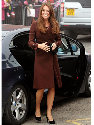 kate middleton 300x400 This Week's Look You Love: Duchess Catherine's Coat