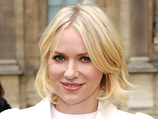 Naomi Watts haircut, bob