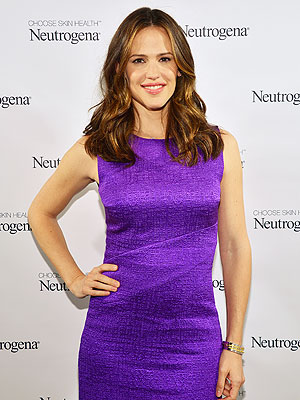 Jennifer Garner skin, makeup