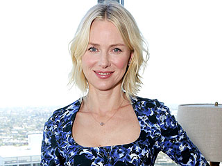 Naomi Watts: Blondes Look 'A Little Bit Porno' When They Wear Red