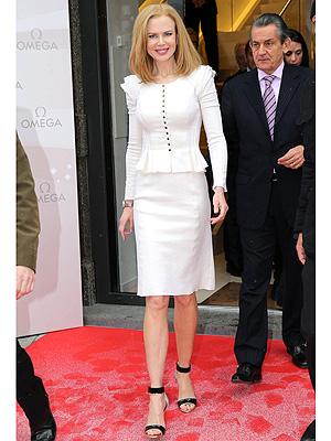 Nicole Kidman suit