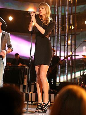 Taylor Swift LBD