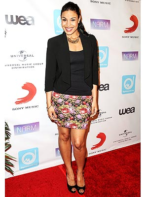 Jordin Sparks blazer and skirt