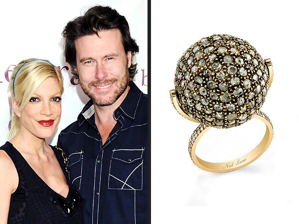 Tori Spelling ring