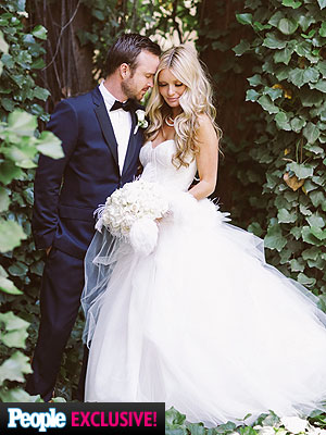 Lauren Parsekian Aaron Paul wedding dress
