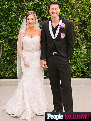 diana degramo 2 300x400 Diana DeGarmo's Wedding Look: All the Details