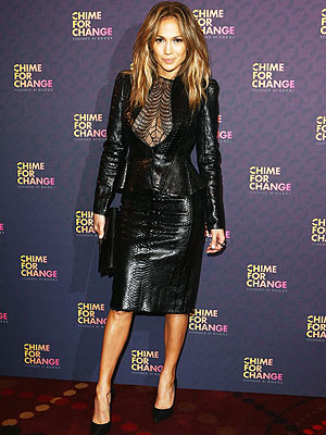jennifer lopez 300x400 Tabatha's Takeover: Jennifer Lopez's Outift Looks Like a Halloween Costume