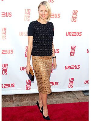 naomi watts 300x400 Naomi Watts's Stylist Shares 5 Fashion Rules to Live By