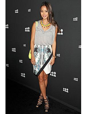 Jamie Chung skirt, bag