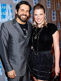 Jodie Sweetin Tweets About 'Life Challenges' After Breakup