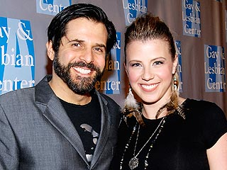 Jodie Sweetin Finalizes Divorce from Morty Coyle