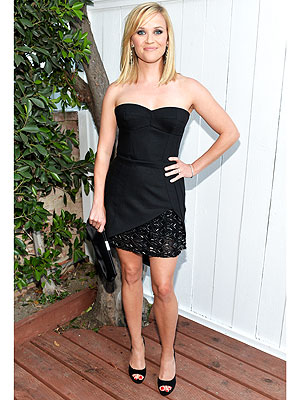 reese witherspoon 1 300x400 This Week's Best Dressed Star: Reese Witherspoon Stuns In Basic Black