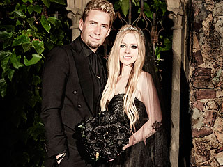 How Avril Picked Her Wedding Gown – Plus, What Chad Gave Her as a Gift